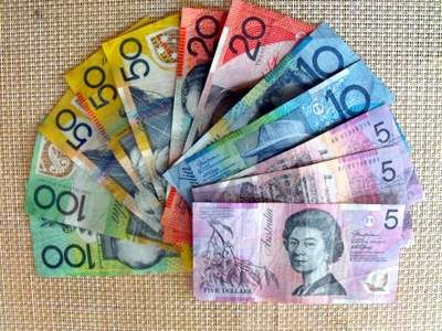Australian money - differentiated by color & size. Great design.