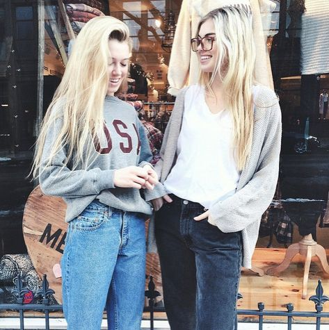 brandy melville. Cute outfits. Fall fashion.