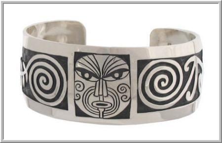 Maori design bracelet