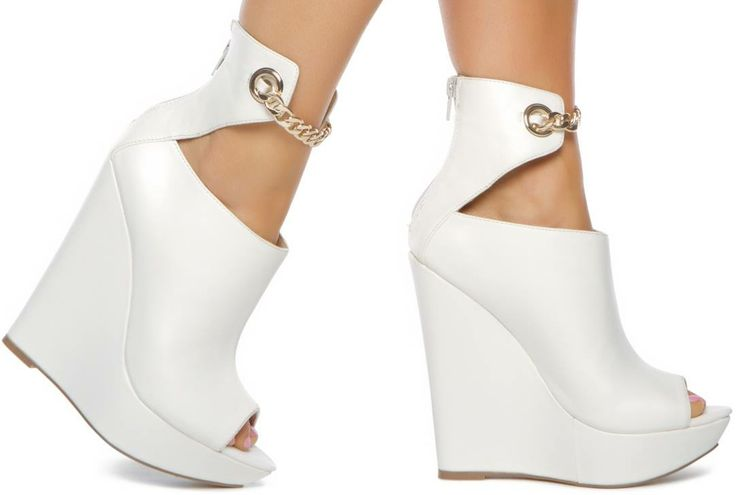 Find all white wedges at ShopStyle. Shop the latest collection of all white wedges from the most popular stores - all in one place.