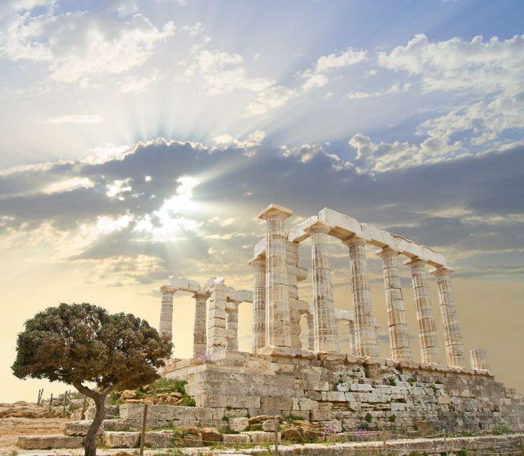 Fototapeta F2237 - Świątynia Posejdona w blasku słońca