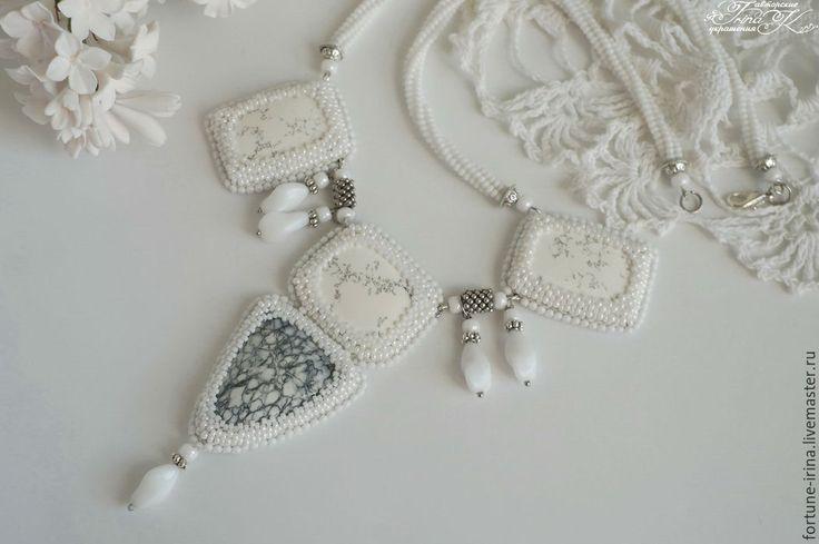 """Купить Колье, натуральный камень, """"Белая песня"""" - украшения ручной работы, бижутерия ручной работы"""