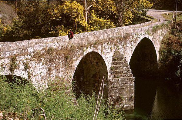 GR 58 Sendeiro das Greas. El más largo de los senderos de Gran Recorrido en Galicia discurre por todos los municipios de la Mancomunidad del Área Intermunicipal de Vigo, atravesando parajes de gran belleza.