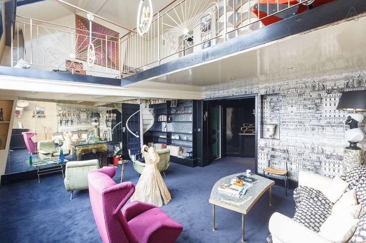 Bekijk deze fantastische advertentie op Airbnb: romantic artist's studio - duplex  - Appartementen for Rent in Parijs