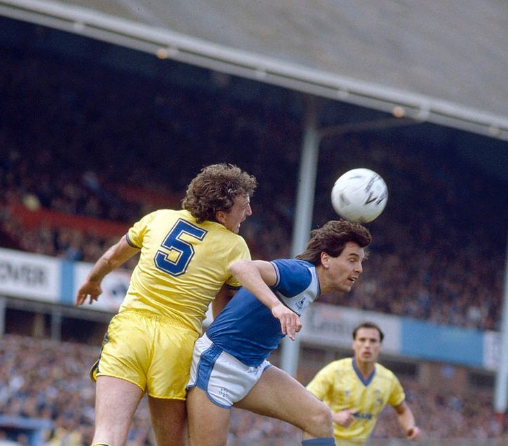 Everton 2 Sheffield Wed 1 in April 1986 at Villa Park. Paul Hart beats Graeme Sharp to the ball in the FA Cup Semi Final.