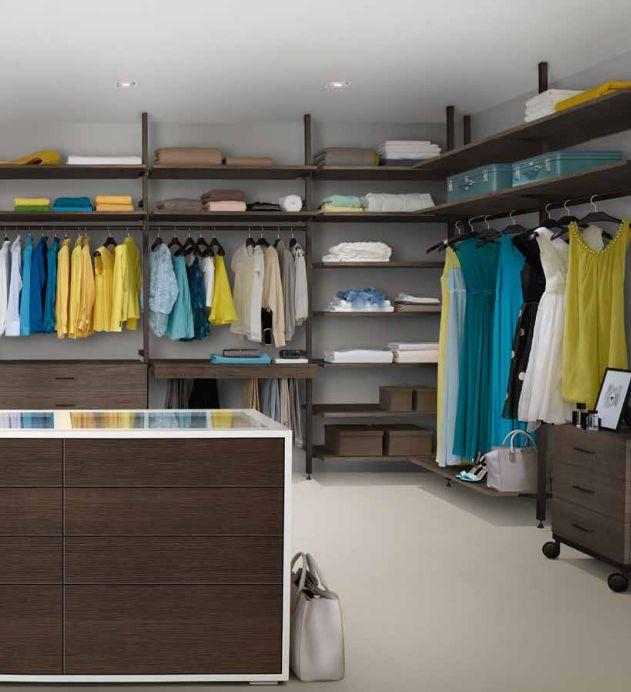 Die besten 25+ Begehbarer kleiderschrank nach maß Ideen auf - schlafzimmerschrank nach maß
