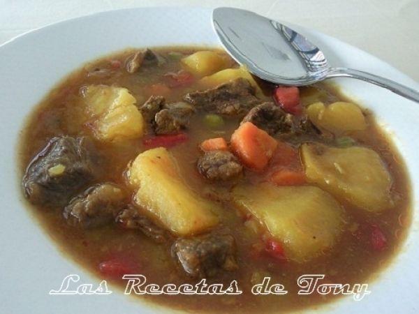 Receta Estofado de patatas con carne de ternera (en olla expres) para IIndalo Recetas - Petitchef