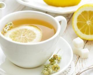 Thé vert au citron minceur : http://www.fourchette-et-bikini.fr/recettes/recettes-minceur/vert-au-citron-minceur.html