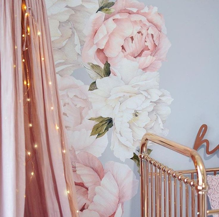 peony wall stickers for a rose gold + pink theme nursery <3 I definitely want this for my baby girl.