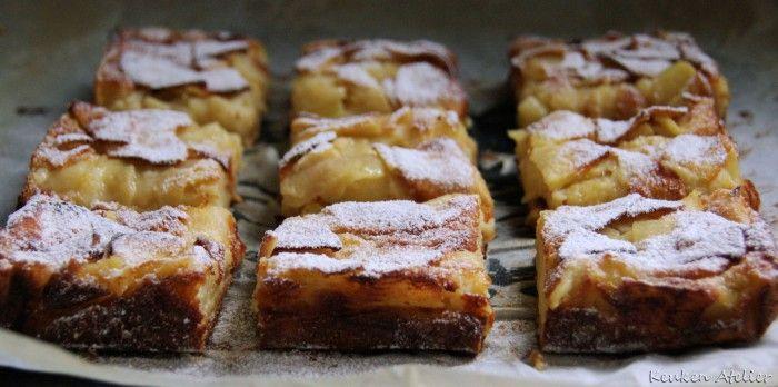 Appel Custard Cake naar recept van Dorie Greenspan. Veel appel, weinig suiker en boter. Zacht en fris van smaak met een pudding-achtige structuur en subtiel vanille aroma. Supersnel te maken!