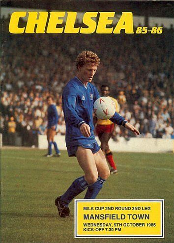 Chelsea 2 Mansfield Town 0 (4-2 agg) in Oct 1985 at Stamford Bridge. The programme cover for the League Cup 2nd Round, 2nd Leg tie.