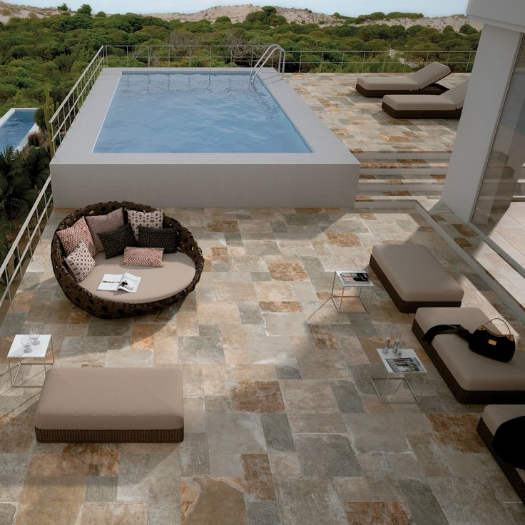 Pantheon, serie med frosttålig klinker och perfekt till poolområdet! #klinker #pool