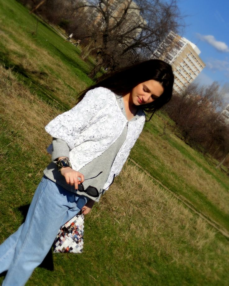 spring . white lace. boyfriend jeans. handmade bag. grey sweater