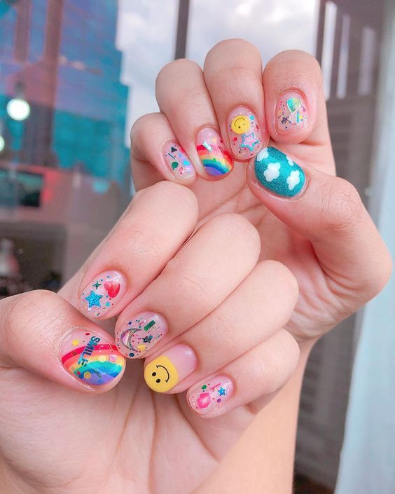 In seek out some nail designs and ideas for your nails? Here's our list of must-try coffin acrylic nails for trendy women. Cute Nail Art, Cute Nails, Pretty Nails, My Nails, Salon Nails, Makeup Salon, Makeup Studio, Nail Design Glitter, Korean Nail Art