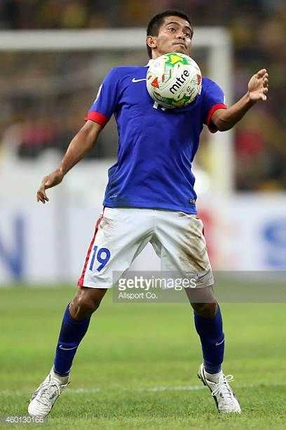 Azammuddin Moh Akil of Malaysia in action during the 2014 AFF Suzuki Cup semi final 1st leg match between Malaysia and Vietnam at Shah Alam Stadium...