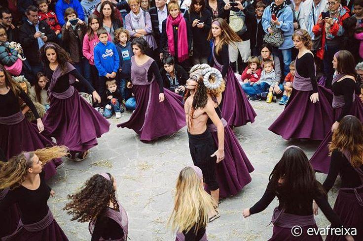 Witches Fair of Sant Feliu Sasserra - La Fira de les Bruixes de Sant Feliu Sasserra, el Mercat de Tots Sants a Món San Benet... #firabruixes #santfeliusasserra #bages #bcnmoltmes #events
