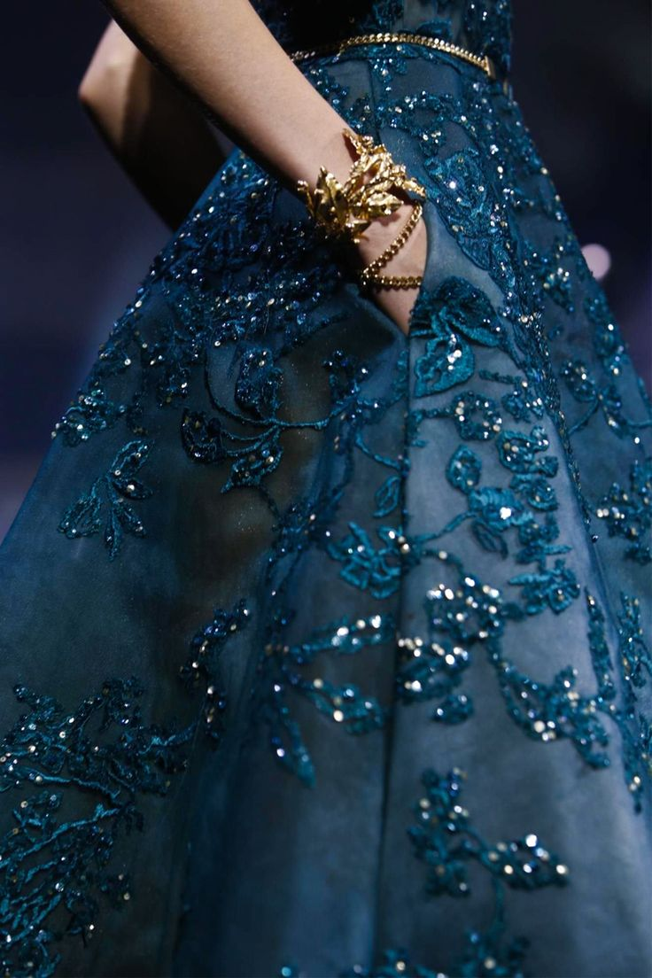 Elie Saab Couture Fall Winter 2015 Paris - NOWFASHION