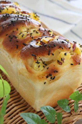 さつまいもロールブレッド [Sweet Potato Roll Bread]