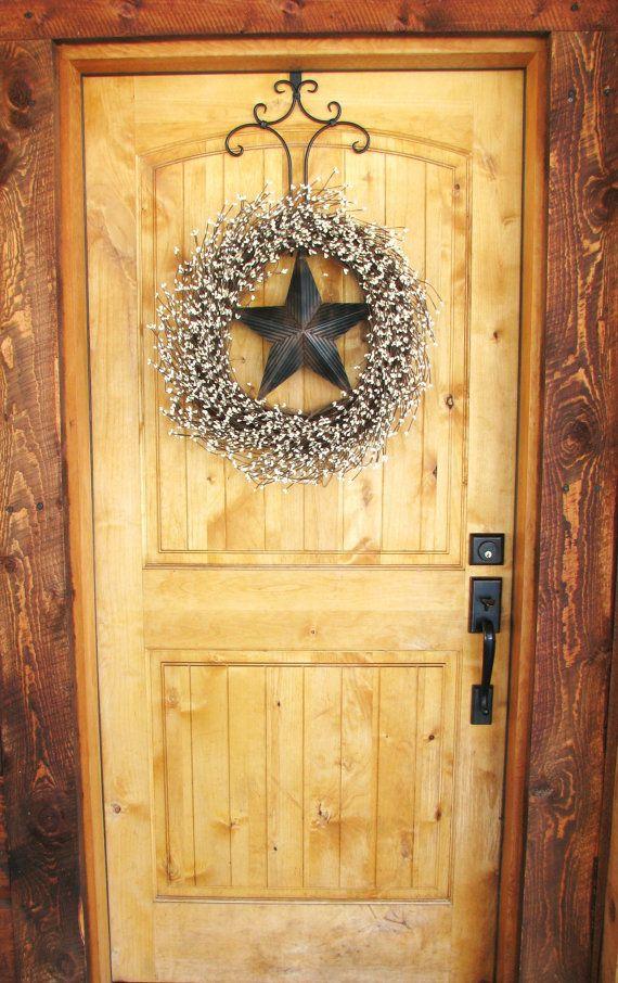 Primitive door wreath rustic barn star wreath primitive for Barn door home decor