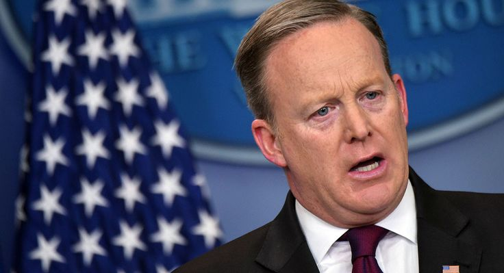 Random staff phone check by Spicer and WH lawyers. 170226-Sean-Spicer-GettyImages-644370464.jpg