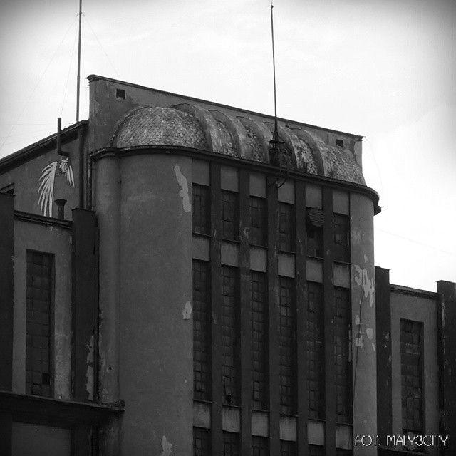 #Gdynia #Dalmor chłodnia nr. 1 (budowa 1949/50) #modernizm_gdyni #architektura #modernizm #modernism #architecture #igersgdansk #igersgdynia #igerspoland