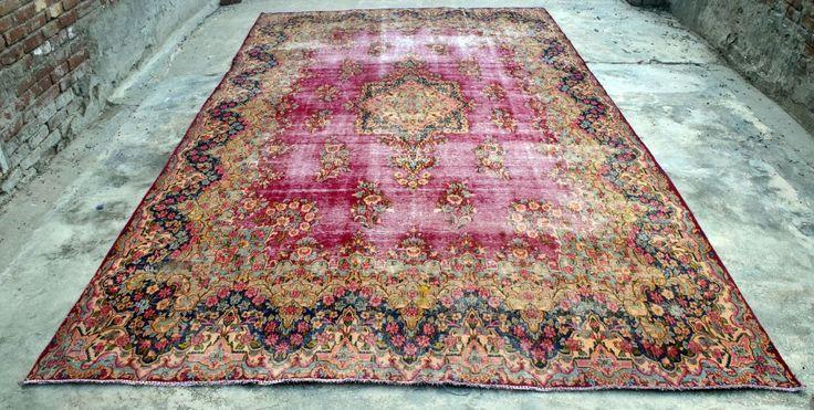 extremly big vintage rug, just found in Iran