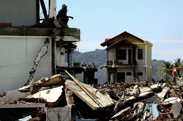 Foto Tragedi Tsunami Aceh 8 Tahun Silam - Aceh Tourism And Culture