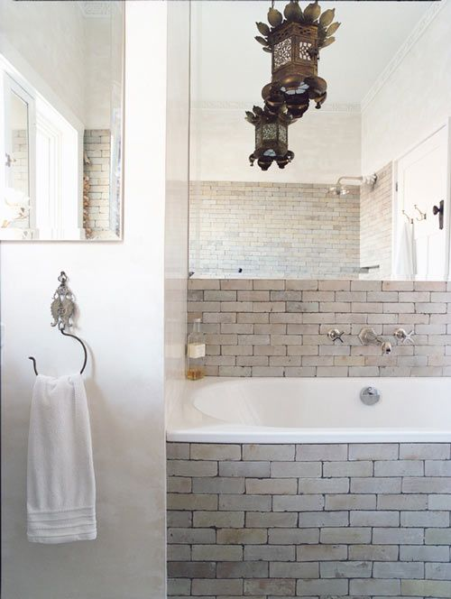 love the tile: Bathroom Inspiration, Modern Bathroom Design, Subway Tile, Interiors Design, Bath Tile, Bathroom Ideas, Moroccan Tile, Brick Tile, Design Bathroom