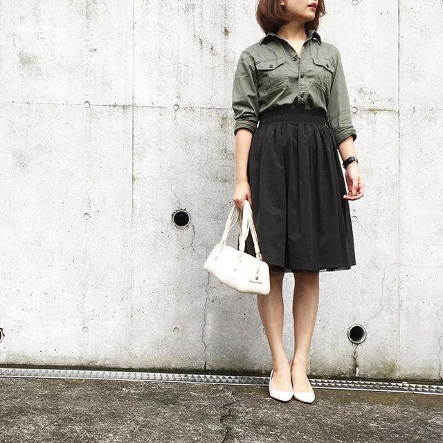 今すぐゲット!UNIQLO流行アイテム「ツイルワークシャツ」  -  Locari(ロカリ)