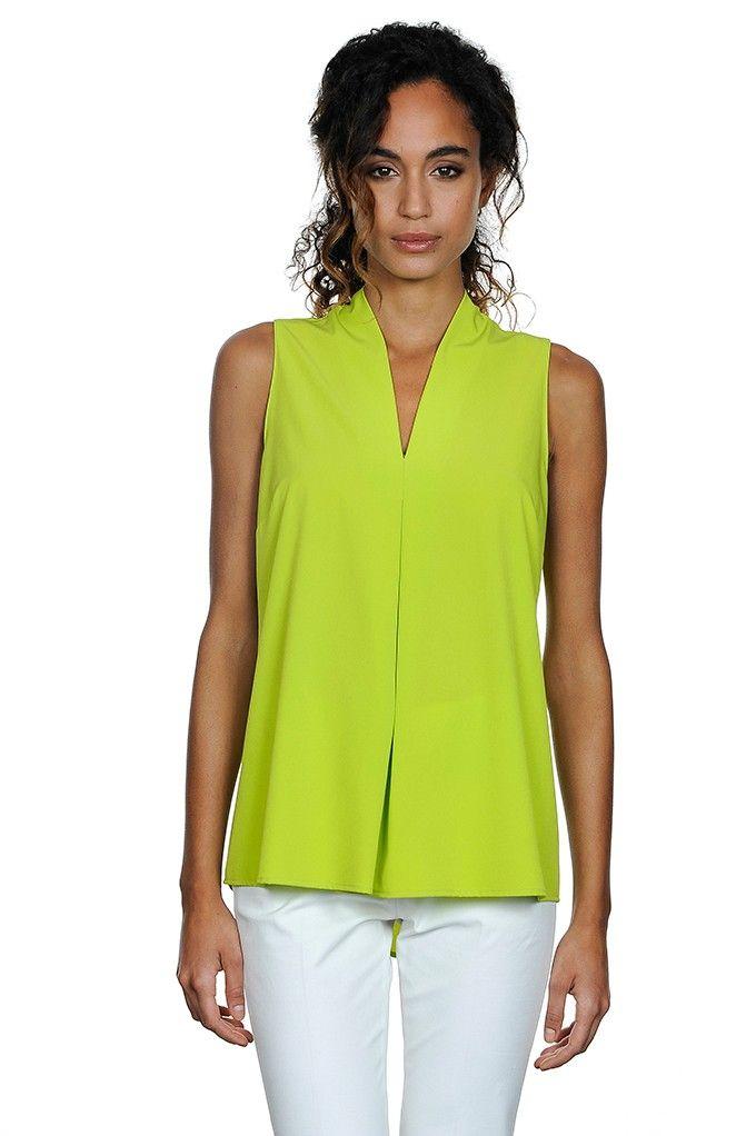 Camicia in georgette stretch giallo lime, collo e manica all'americana, retro allungato