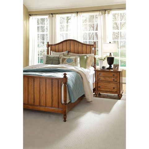 Hayden Place Queen Panel Bed - Oak Finish by Broyhill