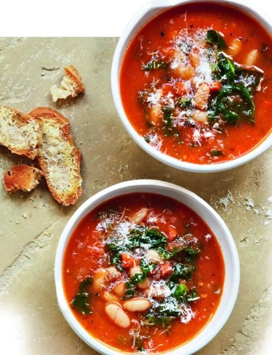 kale and white bean soup with parmesan toasts