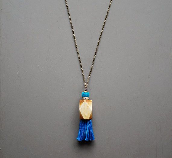 Hippy tassel necklace
