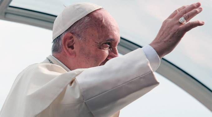El Papa en la Audiencia General. Foto: Daniel Ibáñez / ACI Prensa