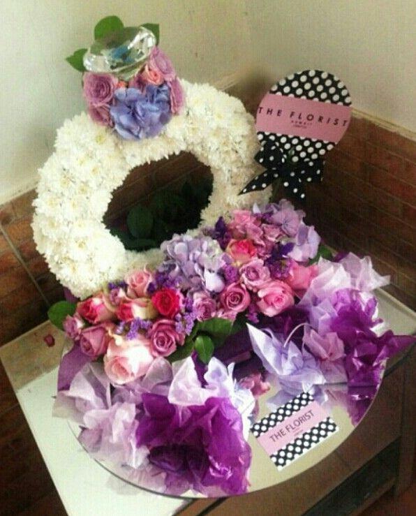 The Florist KW #proposal #engagement #arab #gulf #unitedarabemirates #uae #dubai #abudhabi #q8 #qatar #oman #kuwait #saudi #saudiarabia #ksa #afrah #zaffah #dazzah #daza #wedding #luxuryflowers #floralarrangements #bride #bridal #gifts