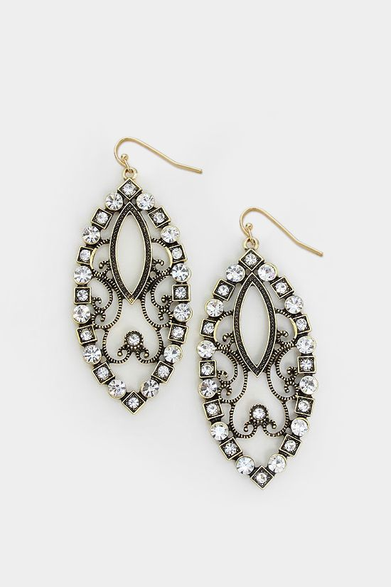 Earrings, Emma Stine