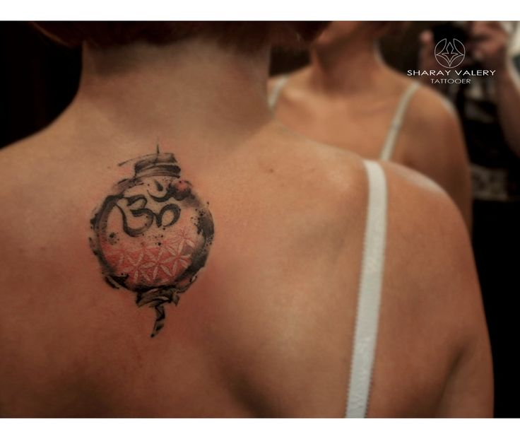 OM tattoo, sacred geometry, tattooed girls.