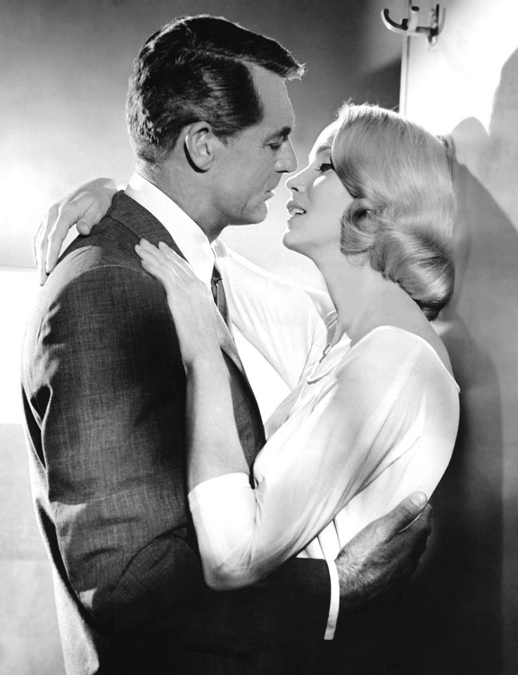 north by northwest - Cary Grant and Eva Marie Saint