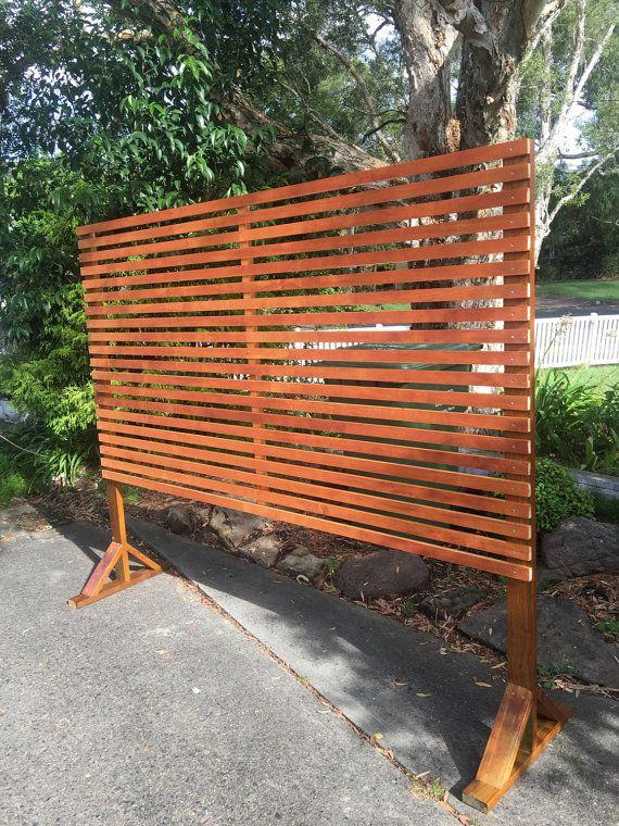 timber privacy divider screen trellis  horizontal