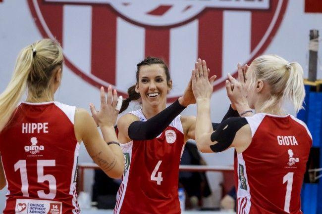 Volleyleague Γυναικών 2017-18. 22η Αγωνιστική. Κλειστό Ρέντη ''Μελίνα Μερκούρη''. Πανναξιακός ΑΟΝ-Ολυμπιακός Σ.Φ.Π. 0-3. (09-25, 11-25, 12-25).