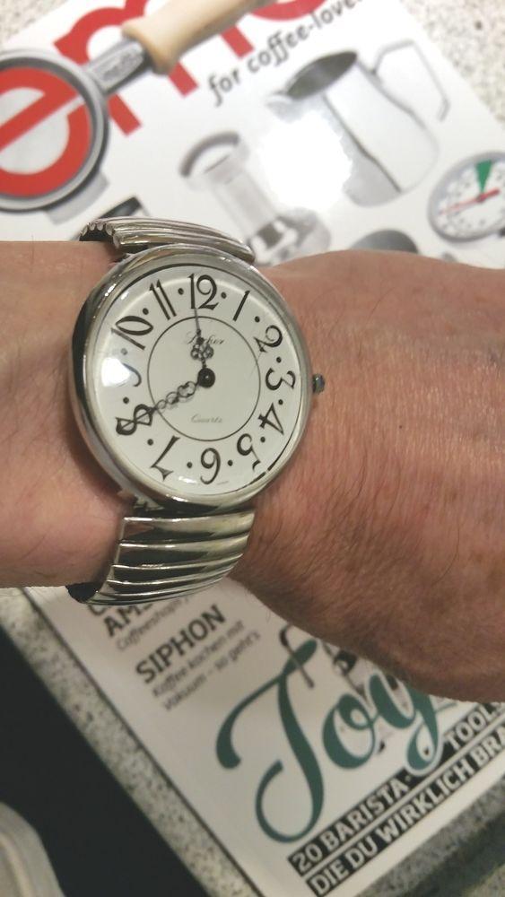 Lacher-Armbanduhr Edelstahl -Germany