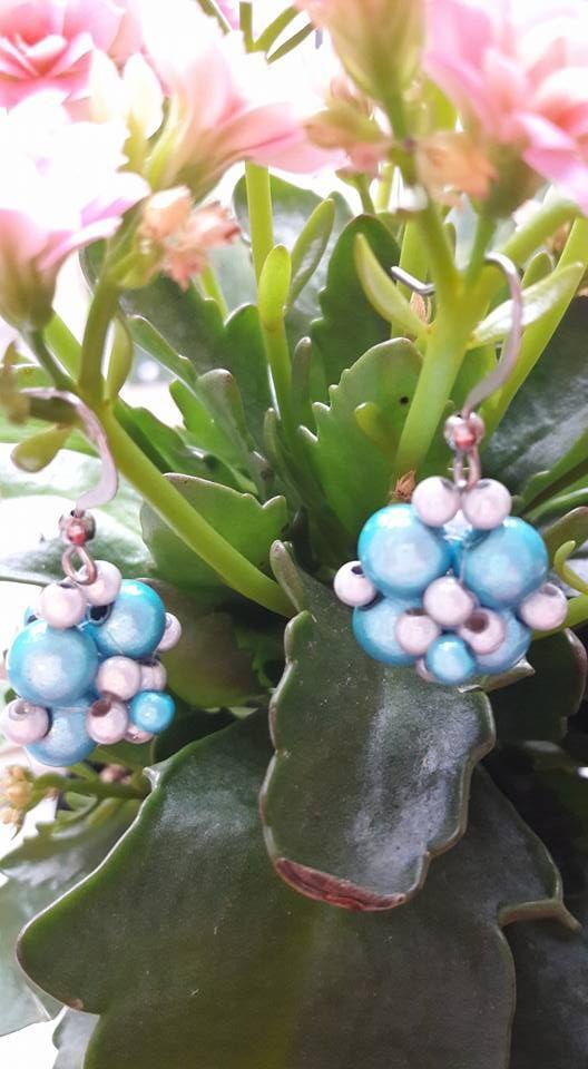 Site modre koralkove gulickove nausnicky z koralok Miracle.