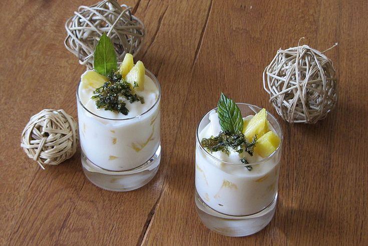leichtes ananas dessert mit joghurt nachspeisen. Black Bedroom Furniture Sets. Home Design Ideas
