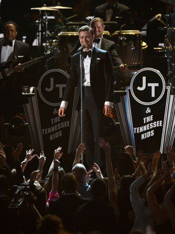 Grammys 2013: Justin Timberlake Makes Musical Return With Retro Performance