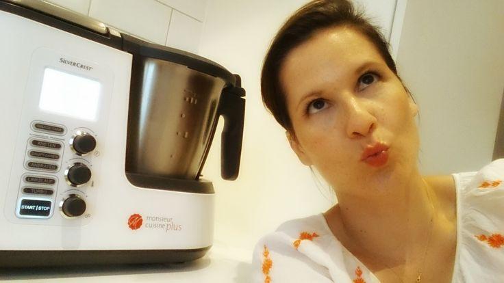 Die neue Monsieur Cuisine plus von SilverCrest im großen Frau-Mutter-Test. Hier lesen Sie, was die Küchenmaschine mit Kochfunktion kann.