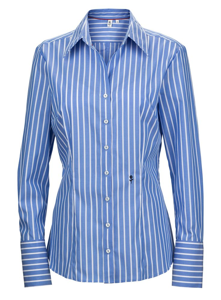 You can never go wrong with a striped basic shirt from #seidensticker #stripesahead #designeroutletsalzburg
