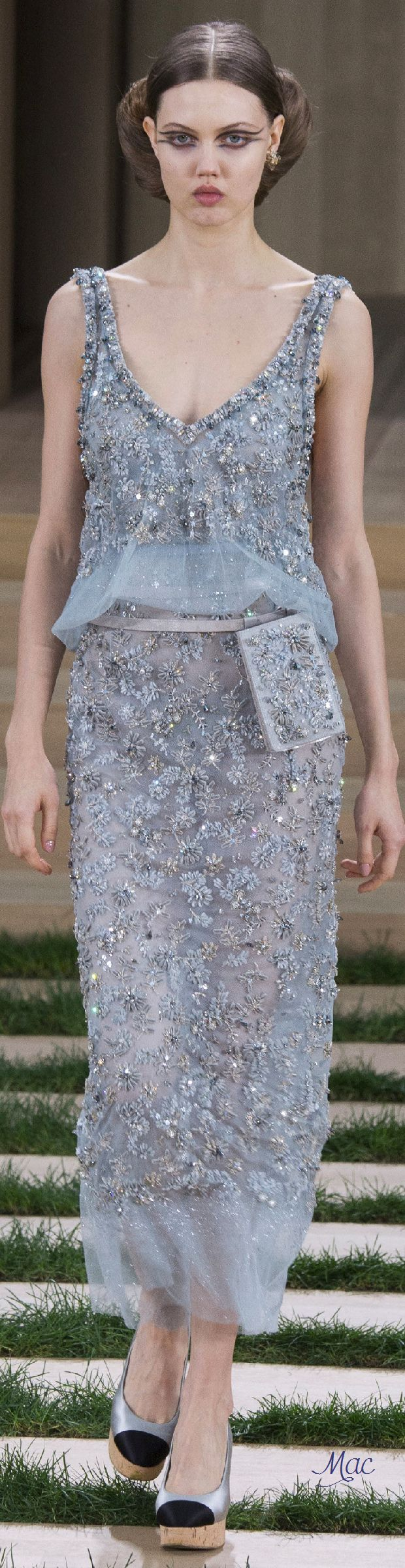 Spring 2016 Haute Couture Chanel.   EWWWWW  Want us to pay for your shopping and your travel? Also you have to do is refer us to someone looking to make a hire. contact me at carlos@recruitingforgood.com