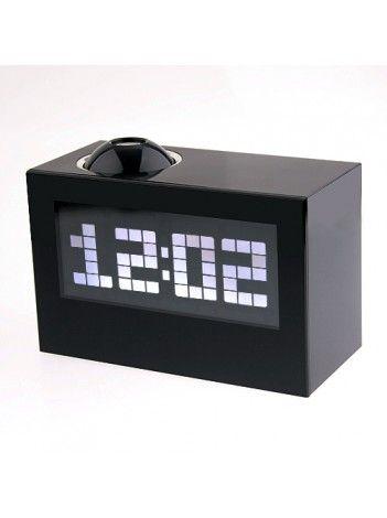 Многофункциональный говорящий проекционный будильник. Один взгляд на экран – и Вы в курсе, какой сегодня день, час и погодные условия! Эти многофункциональные ЖК-часы с термометром подскажут Вам, который час, какой сегодня день и погодные условия.