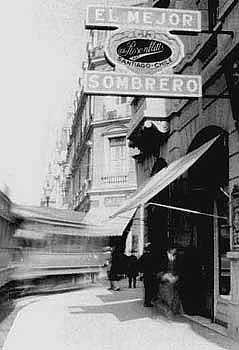 Stgo. Comienzos de Siglo - Tranvía en el centro de Santiago