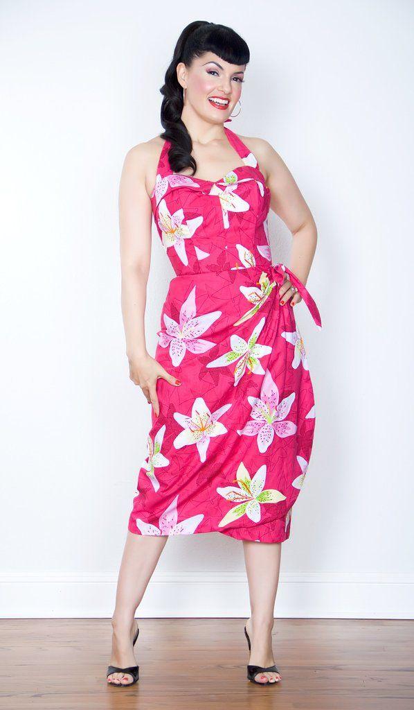 Sarong/Tiki Oasis: Star Lily